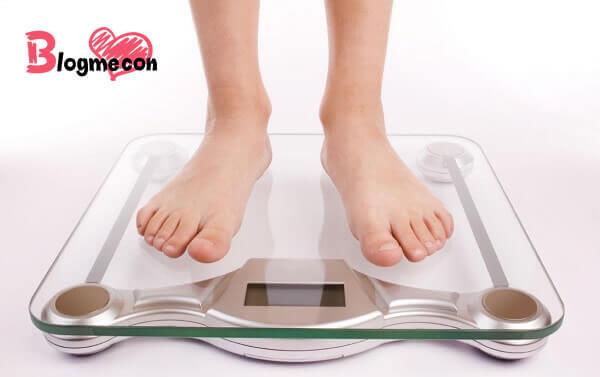 cân nặng tiêu chuẩn của bé