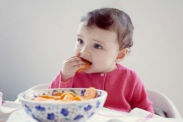 Lợi ích của bánh ăn dặm với bé ăn dặm?