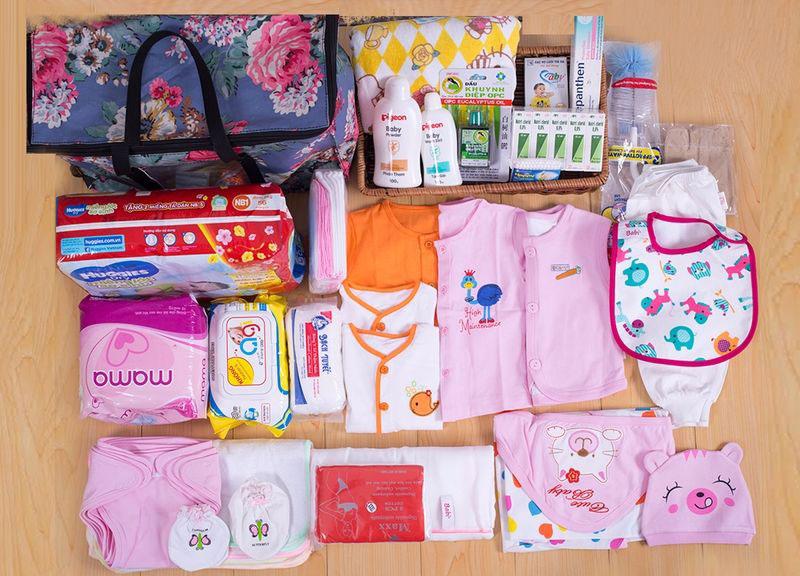 Kết quả hình ảnh cho sắm đồ cho bé sơ sinh