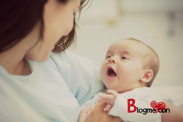 cách cai sữa hiệu quả nhất cho bé