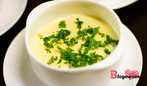 món súp khoai tây sữa cho bé 5 tháng ăn dặm