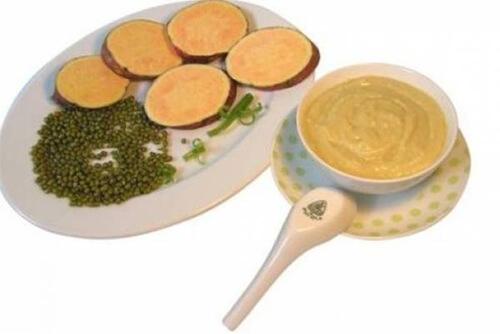 Món súp gàhầmkhoai lang với đậu xanh