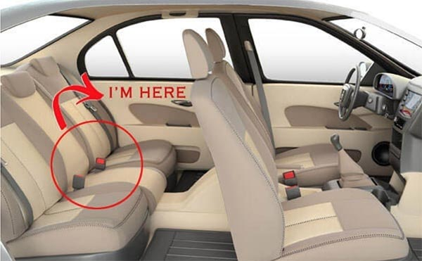 Ghế giữa phía sau chính là vị trí an toàn nhất cho bé khi ngồi trên ô tô