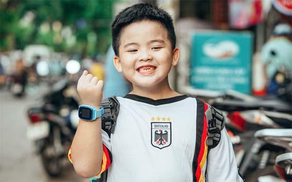 Đồng hồ Wonlex GW400S thiết kế đơn giản phù hợp dành cho trẻ nhỏ