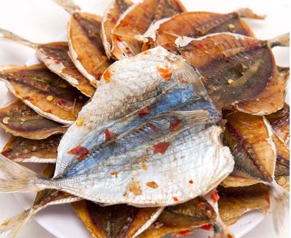 Bà bầu không nên ăn cá khô
