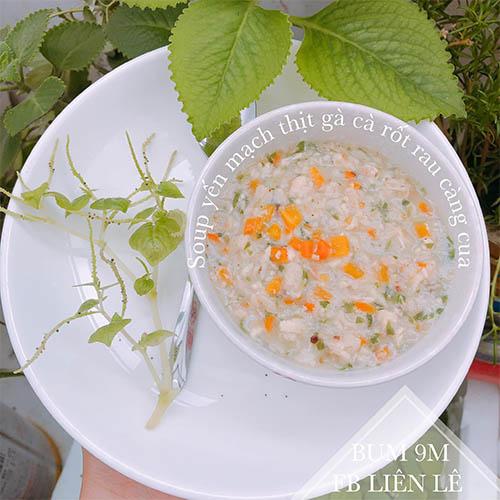 Soup yến mạch thịt gà cà rốt rau càng cua