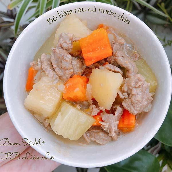Thịt bò hầm rau củ nước dừa