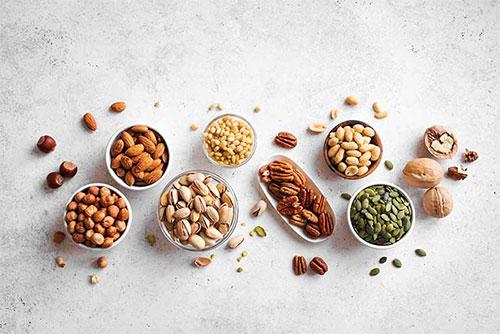 Các loại hạt là nguồn bổ sung Canxi dồi dào cho mẹ