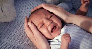 (Trẻ khóc đêm có thể xuất hiện do bệnh lý)