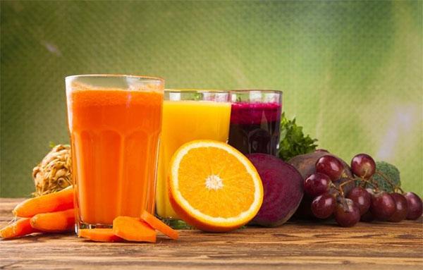 6 loại nước ép trái cây tốt cho bé 6 tháng tuổi