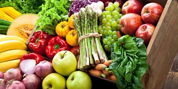 Mẹ cho con bú nên ăn nhiều rau xanh, trái cây