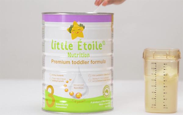 Sữa Ngôi Sao Nhỏ (Little Étoile) là một sản phẩm của tập đoàn Max Biocare Úc